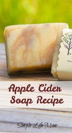 Handmade Soap Recipes, Soap Making Recipes, Handmade Soaps, Diy Soaps, Handmade Pottery, Diy Savon, Goat Milk Soap, Homemade Beauty Products, Cold Process Soap