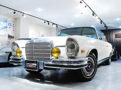 1971 Mercedes Benz 280SE 3.5coupe(W111) GARAGE CURRENT http://www.garagecurrent.com/mercedes-benz/s/506/