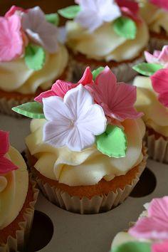 Hannah's pretty birthday cupcakes | Julie Elliott | Flickr