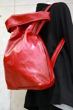 NOIR別注【T.A.S】2way lether backpack存在感放つ赤で挿すバッグ!札幌の画像 | 札幌セレクトショップNOIR