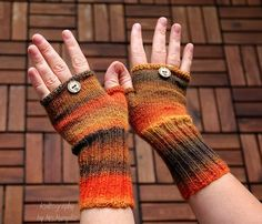 Fingerless mittens Autumn Queen fingerless mittens by KnitographyByMumpitz