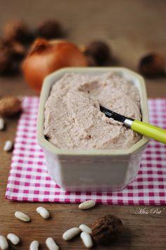 Terrine d'Haricots Coco aux Noix / #recette #végétal #vegan @ Miss Pat' / lien direct ➔ http://cuisipat.com/terrine-dharicots-cocos-aux-noix-une-variante-du-lobio/