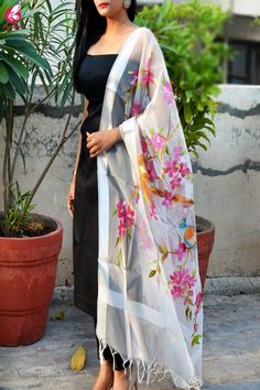 Buy White Organza Hand painted Colorful Floral Bird Stole - Best Stoles Online in India Simple Kurti Designs, Kurta Designs Women, Dress Neck Designs, Designs For Dresses, Designer Anarkali Dresses, Designer Dresses, Indian Designer Outfits, Indian Outfits, Stylish Dresses
