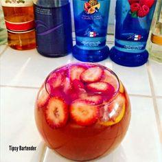 Punch 1 oz 30 ml pinnacle red berry 1 oz 30 ml peach vodka