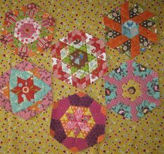 Inspiration!  All sizes | Die Hälfte - English Paper Piecing | Flickr - Photo Sharing!
