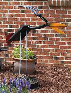 Welded Shovel Bird