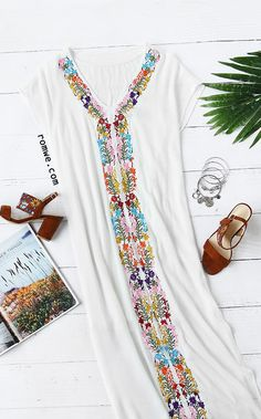 White Placement Print Split Side Maxi Dress Season: Summer Type: Tunic Color: White Dresses Length: Long Style: Vacation Material: Rayon Neckline: V neck Silhouette: Shift Decoration: Embroidery Sleeve Length: Short Sleeve Size Available: XS,S,M,L,XL,XXL https://tumblr.com/Zuhqqc2Pj0Spv