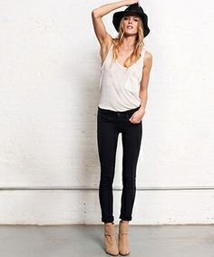 Nu Fashion - Minimalist Styling Tips 2014