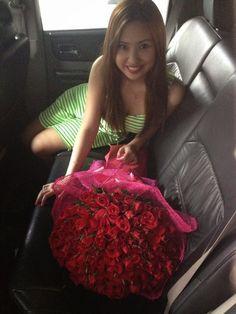 Amazing Valentines Day Flowers Bouquet