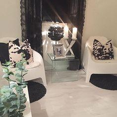 ✨➰goodnight➰✨ #interior #interiors #interior123 #interior125 #homeamour #decorations #perfecthome #inspire_me_home_decor #livingroom #dream_interiors #dreaminterior555 #inspo #inspohome #homedecoration #roomforinspo #interiorforinspo #interiorinspiration #interiorstyling #interiordecor #classyinteriors #passion4interior #homedecor #interior4all #interior4you1 #interior4you #interiordesign #finehjem #photooftheday