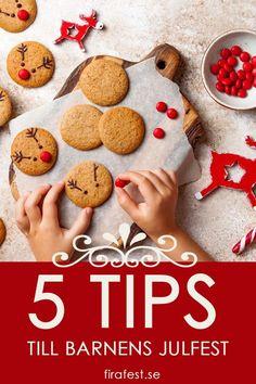 S fixar du enkelt det lilla extra till barnens julfest!  #julfest #jul #barnkalas #julpyssel #jullekar #festlekar #julfestbarn Marshmallows, Christmas Baking, Grape Vines, Cake Pops, Gingerbread Cookies, Happy Holidays, Seasons, Desserts, Recipes