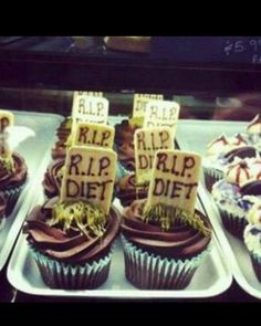 No more diet...; p