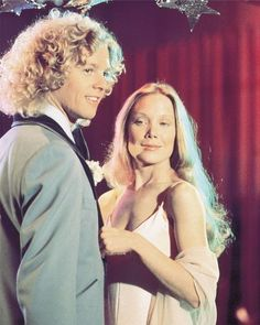 Sissy Spacek and William Katt in 'Carrie', They deserve better Sissy Spacek, Best Horror Movies, Horror Films, Scary Movies, Teen Movies, Awesome Movies, Films Stephen King, Carrie Movie, Thriller