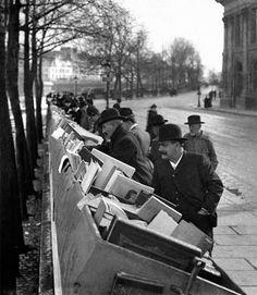 """. . Em 1938, Hélène Roger Viollet-e e Jean-Victor Fischer, ambos entusiastas da fotografia, fundaram a """"Photographic Documentação Geral Roger Viollet-e"""", hoje uma das mais antigas e conceitua…"""