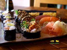 Który zestaw sushi lubicie najbardziej? Sushi Online Warszawa www.besuto.pl