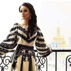 Ukraine, vyshyvanka from Yyliia Magdych Folk Fashion, Ethnic Fashion, Hijab Fashion, Fashion Dresses, Womens Fashion, Hijab Stile, Ukrainian Dress, Mode Boho, Embroidered Clothes