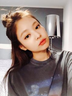 blackpink, jennie, and kpop Black And Red Makeup, Black Pink, Black Hair, Blackpink Jennie, Kpop Girl Groups, Kpop Girls, Forever Young, Exo And Red Velvet, Jenny Kim