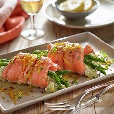 Rollitos de salmón y verdura - Fırın yemekleri - Las recetas más prácticas y fáciles 20 Min, Bon Appetit, Tuna, Seafood Recipes, Appetizers, Keto, Fish, Cooking, Healthy