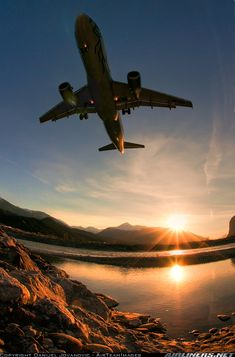 Airbus A320-214 @  Innsbruck, Kranebitten Airport