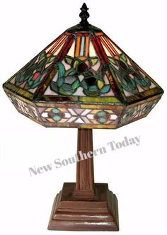 Specials Tiffany-style Mission Table Lamp
