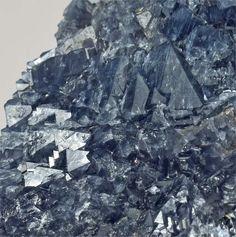 Blue Quartz with Magnesioriebeckite inclusions