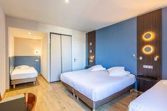 Chambre quadruple standard sans vue de mer Hotel Saint Malo, St Malo, Bed, Furniture, Home Decor, Bedrooms, Decoration Home, Stream Bed