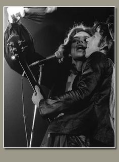 Vintage Rock And Roll Photography - Concert Photos, Band Pictures, Vintage Rock and Roll Photos