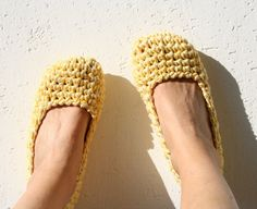 Crochet home shoes - House flats - Footwear - Cotton Slippers - EllenaKnits slippers   Stay comfort at home with those 100% cotton crochet slippers.