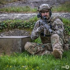 Standing ground!!!!!! Pictures by: @twotwosixphotography #tact #tactbelgium #airsoftshop #airsoftshopeurope #magnumboots #airsoft #airsoftcommunity #airsoftphotography #airsoftinternational #airsoftworld #worldairsoft #milsim #skirm #reenactment #military #army #multicampattern #tactical #gear #gearwhore #operator #gunsdaily #crye #lbt Check out our sponsors: @airsoftshopbe, www.airsoftshop.be @magnumboots, www.magnumboots.com Find us at: www.tactbelgium.com www.facebook.com/tactbelgium w...