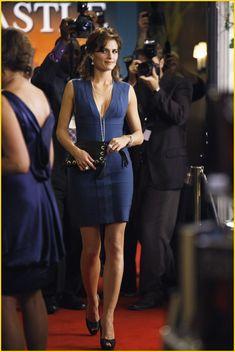 Castle - Episode 2.05 - When the Bough Breaks - Promotional Photos - Kate Beckett's blue bandage dress