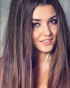 Hande Erçel - Turkish Actress