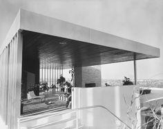 Richard Neutra - Kaufmann House - Palm-Springs - photo: Julius Shulman