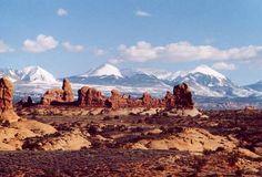 Moab, Utah http://photos.igougo.com/images/p74481-Moab-La_Sal_Mountains.jpg