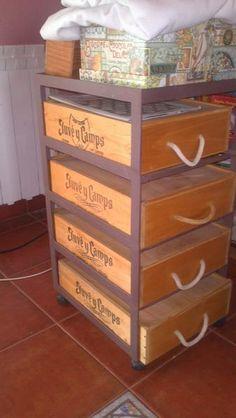 Otra foto de como reciclar nuestras cajas de vino..