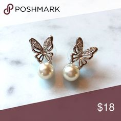 Butterfly Earrings Faux Pearl with Swarovski elements Crystal. Quality product from Thailand. Jewelry Earrings