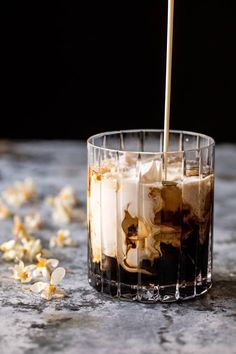 Fun Drinks, Yummy Drinks, Alcoholic Drinks, Beverages, White Russian, Turkish Coffee Cups, Iced Coffee, Starbucks Coffee, Coffee Art