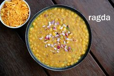 ragda recipe, how to make ragda for ragda patties, ragda for chaat recipes with step by step photo/video. spicy & savoury gravy based curry from white peas. Indian Food Recipes, Vegetarian Recipes, Snack Recipes, Cooking Recipes, Ethnic Recipes, Snacks, Aloo Tikki Recipe, Chaat Recipe, Ragda Patties Recipe