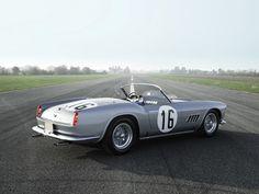 Ferrari 250 GT California Spider overcooked for € miljoen euro! Retro Cars, Vintage Cars, Le Mans, Nissan Gtr R34, Best Cars For Women, Disney Cars Birthday, Car Accessories For Girls, Ferrari Car, Best Luxury Cars