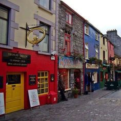 Yep - we walked down this street a few times in Galway City.  Note the jewelry shop with the giant Cladaugh (sp?) hanging outside.