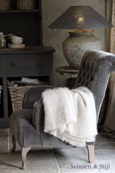 """(Season and style). Grey velvet tufted chair with rustic grey surroundings. from a Dutch board """"Rural Living"""" Home Design, Gray Interior, Interior Design, Vibeke Design, Tufted Chair, Take A Seat, Home And Deco, Modern Country, Rustic Interiors"""