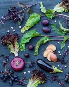 Polacy jedzą zdecydowanie za mało owoców i warzyw - http://tvnmeteoactive.tvn24.pl/dieta,3016/polacy-jedza-zdecydowanie-za-malo-owocow-i-warzyw,186428,0.html