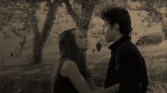 How to have a truly perfect first kiss. RORY AND JESS FOREVER.
