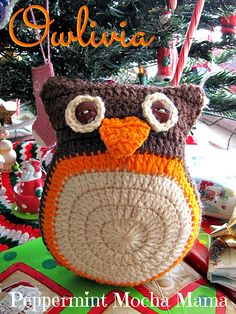 "Owlivia the Owl Free Amigurumi Pattern PDF File http://www.ravelry.com/patterns/library/owlivia-the-christmas-owl  ( click ""download"" or ""free Ravelry Download"")"