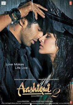 Aashiqui 2 is a Bollywood romantic musical drama film directed by Mohit Suri starring Aditya Roy Kapoor and Shraddha Kapoor in the lead roles. Bollywood Movies Online, Bollywood Movie Songs, Bollywood Posters, Bollywood News, Indian Movie Songs, Indiana, Roy Kapoor, Movie Wallpapers, Italia