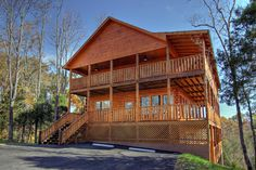 Elk Lodge - Luxurious, breathtaking, and spectacular are often used to describe this 3,000+ sq.ft. log cabin in the foothills of the Smokies.