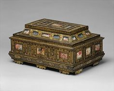 Casket (Cofanetto or scrigno) Date: 1575–1600 Culture: Italian (Venice) Medium:     Beechwood, ebony, painted and decorated with incrustation of mother-of-pearl, ivory with gilding; miniatures: gouache on parchment; lined with later fabric
