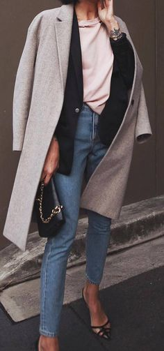 what to wear with a coat : black blazer + top + bag + skinnies + heels