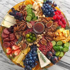The most beautiful charcuterie boards - - Party Food Platters, Party Trays, Snacks Für Party, Cheese Platters, Plateau Charcuterie, Charcuterie Platter, Charcuterie And Cheese Board, Cheese Boards, Antipasto Platter