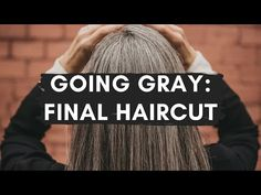 Going gray has been one of the scariest and most rewarding experiences. Documenting the first 1-18 months, products I used and more! Brown Hair Going Grey, Gray Hair Growing Out, Dying Your Hair, Going Gray, Brown Hair Colors, Grow Hair, Haircuts For Curly Hair, Permed Hairstyles, Hair Makeup