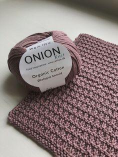 Pet Cloth – Free Pattern on Knitted Crochet Cloth – Ecoknitting # knitting patternsbaby Favorite Cloth – Free Pattern on Knitted Crochet Cloth – Ecoknitting Knitted Washcloths, Knitted Hats, Easy Crochet, Knit Crochet, Outlander Knitting, Crochet Baby Cardigan, Baby Knitting Patterns, Beautiful Crochet, Free Pattern